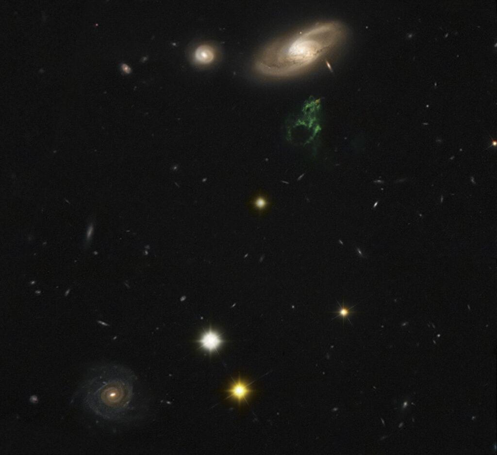 IC2497-hannysvoorwerp_cfht-hst